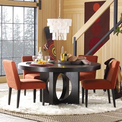 Attractive Round Dining Table Design