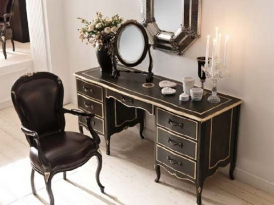 Good Classic Bedroom Vanity Ideas