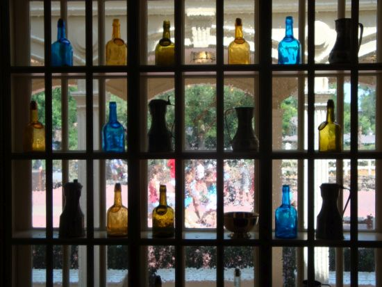 Decorative shelves for windows