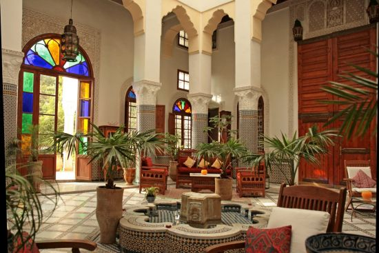 Perfect Graceful Moroccan Patio Designs For Homes