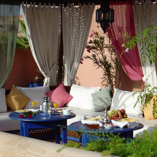 Luxurious Moroccan patio decoration ideas
