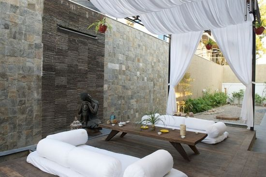 Modern Moroccan patios with breezy tropical feel