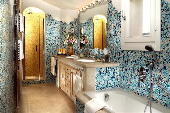 Amazing bathrooms with mosaic tiles ultimate home ideas for Quirky bathroom designs