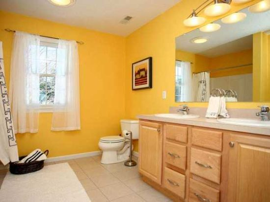 Sunny yellow bathroom design