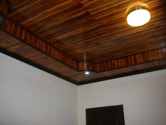 Stylish ceiling ideas to spice up your home ultimate for Unique ceiling ideas for your home