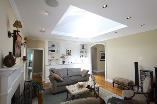 15 best living room skylights ultimate home ideas for Large skylights
