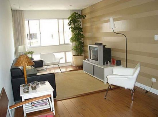 Small apartment design with wooden floor