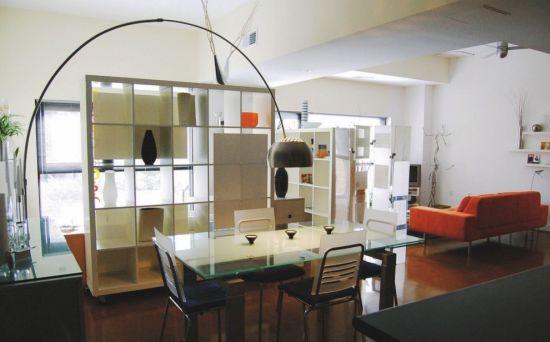 Tiny studio apartment design with functional furniture