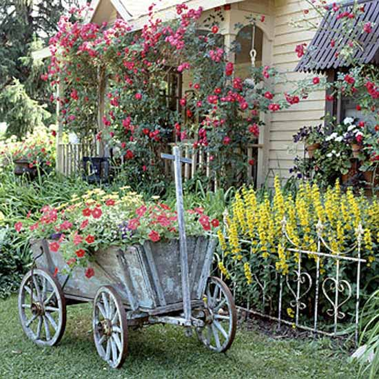 Captivating Vintage Garden Ideas