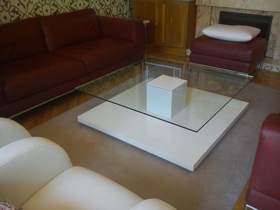 18 modern coffee table ideas ultimate home ideas for Tavolino plexiglass ikea
