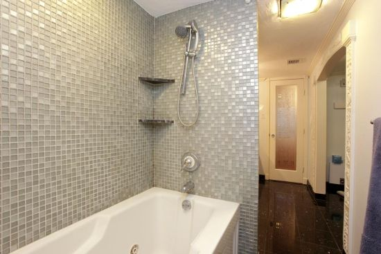 Bathroom Shower Design Ideas With Glass Tile Combinations ~ Ultimate bathtub and shower ideas home