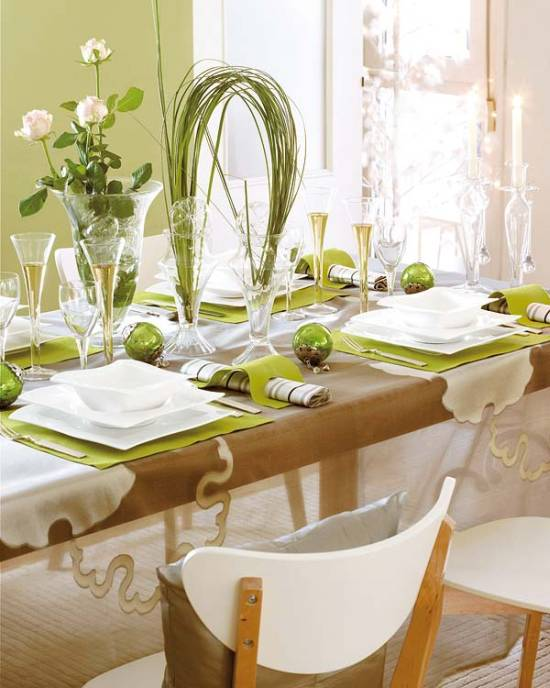 christmas decoration ideas - Dining Room Table Centerpiece Decorating Ideas