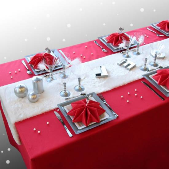 table ideas for christmas - Red And Silver Christmas Table Decorations