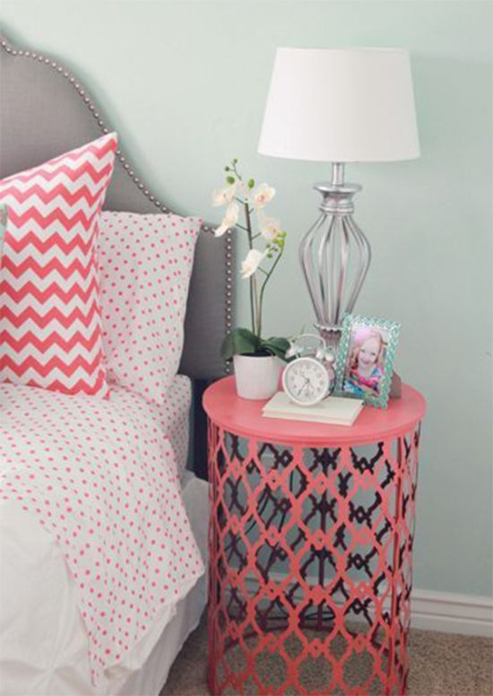 60 diy bedroom nightstand ideas ultimate home ideas for Creative nightstand ideas