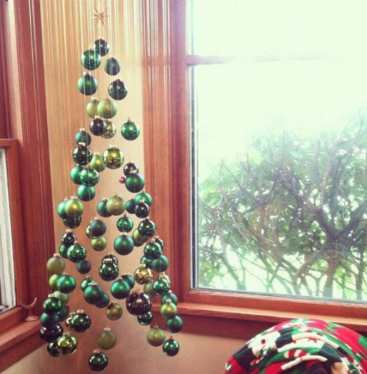50 christmas tree decorating ideas ultimate home ideas for Odd decorations for home