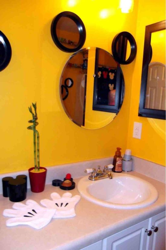 25 kids bathroom decor ideas ultimate home ideas for Mickey mouse bathroom ideas
