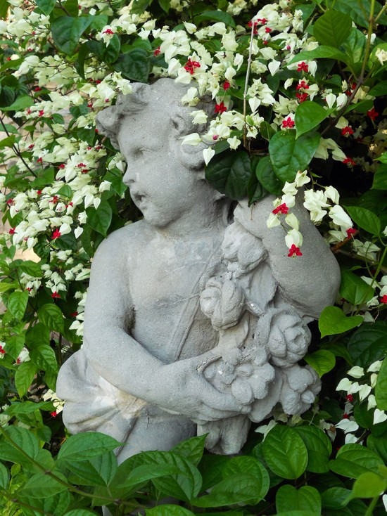 50 Stunning Garden Statue Ideas Ultimate Home Ideas
