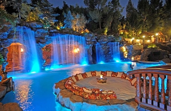 Backyard Pool Desigs small backyard pool woohome 8 Backyard Swimming Pool Ideas