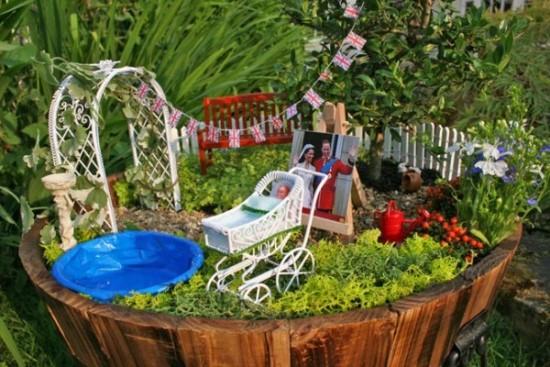 Gnome In Garden: 45 Miniature Garden Decorations