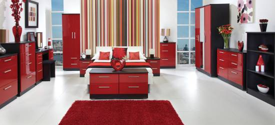 20 red master bedroom design ideas ultimate home ideas for Red and white bedroom decorating ideas