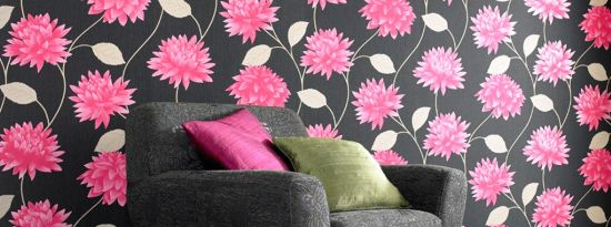 Attractive floral wallpaper design