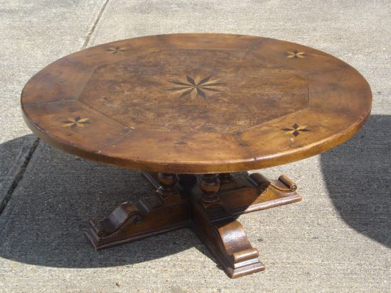 Superb Beautiful Walnut Wood Pedestal Dining Table with Floral Patterns