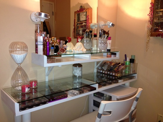 DIY IKEA Wall Mounted Makeup Vanity Table. Makeup Vanity Ideas