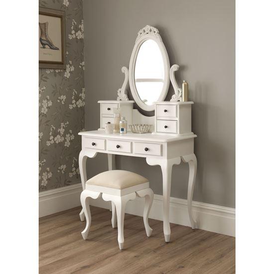 Vintage White Makeup Vanity Set. Makeup Vanity Table Ideas