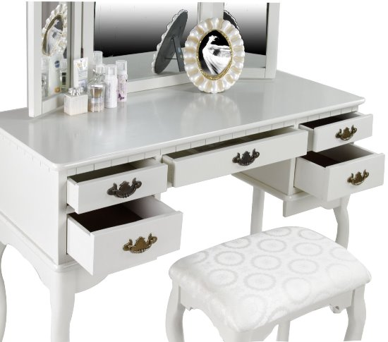 Modern White Makeup Vanity Set. Makeup Vanity Table Ideas