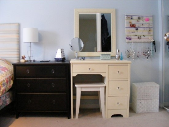 makeup vanity table ideas - Bedroom Table Ideas