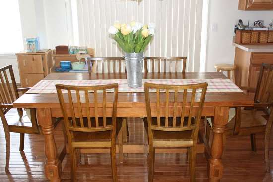 Simple Kitchen table ideas