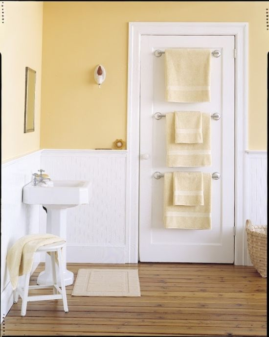 20 tips for maximizing space in small bathrooms - Bathroom door ideas for small spaces ...