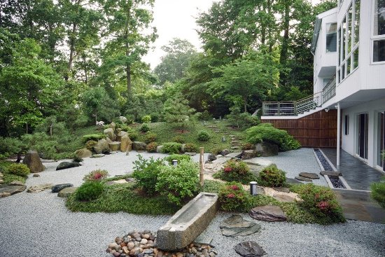 50 Garden Decorating Ideas Using Rocks And Stones - Stone-garden-ideas