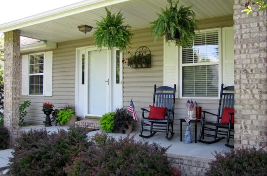 Front porch decorating ideas for fall ultimate home ideas for Simple patio decorating ideas