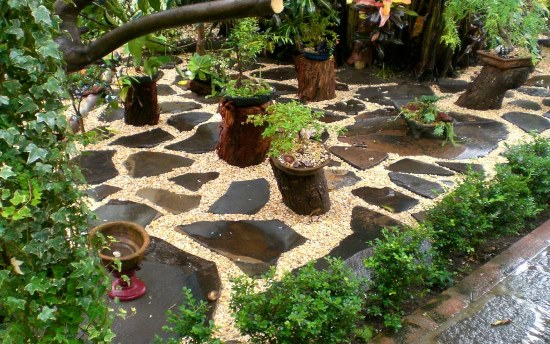 garden decorating ideas - Garden Design Using Stones