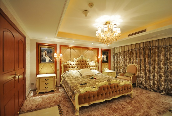 Delicieux Gold Accent Vintage Bedroom Ideas