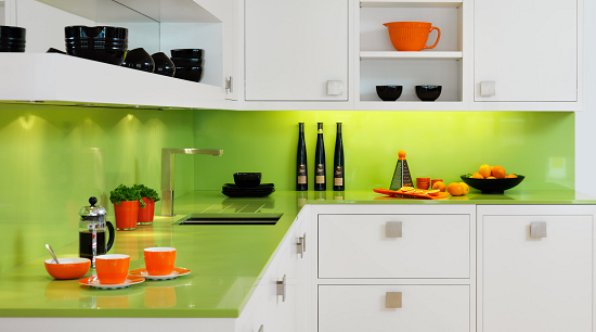 Mesmerizing Green and White Kitchen Ideas with Accessories