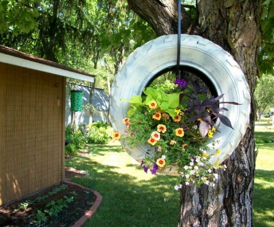 Elegant DIY Hanging Garden Idea With Old Tire