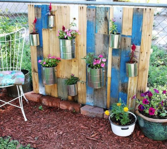 Nice DIY Vertical Garden Tiffin Box Planter Idea