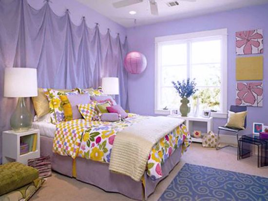 Floral Themed Fun Teen Bedroom Decor Idea
