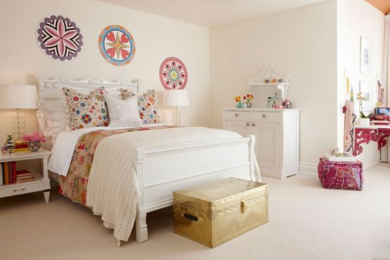 Lovely Vintage Teen Bedroom Decor Idea