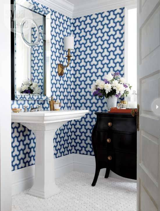 18 tips for rocking bathroom wallpaper for Bathroom decorating ideas wallpaper