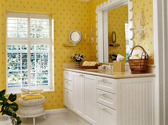 18 tips for rocking bathroom wallpaper for Purple and yellow bathroom ideas