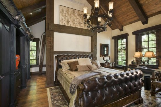 Fancy Thick iron chandelier for rustic master bedroom
