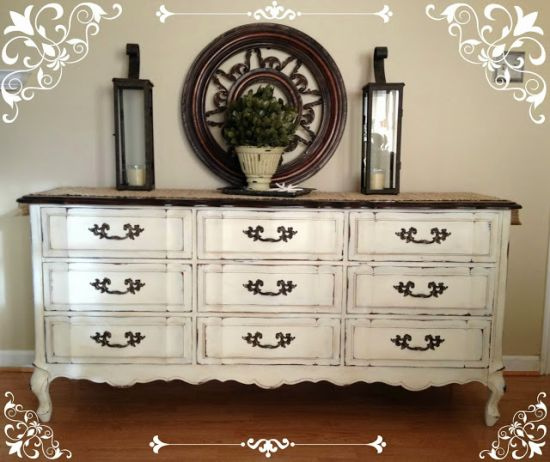 DIY homemade vintage dresser with chalk paint. 37 DIY Home Decor Ideas for a Vintage Look