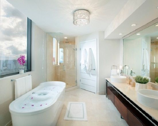 35 modern bathroom ideas for a clean look for Modern bathroom ceiling light fixtures