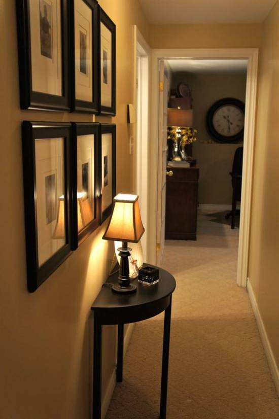 Beautiful Hallway Decorations With Photo Frames
