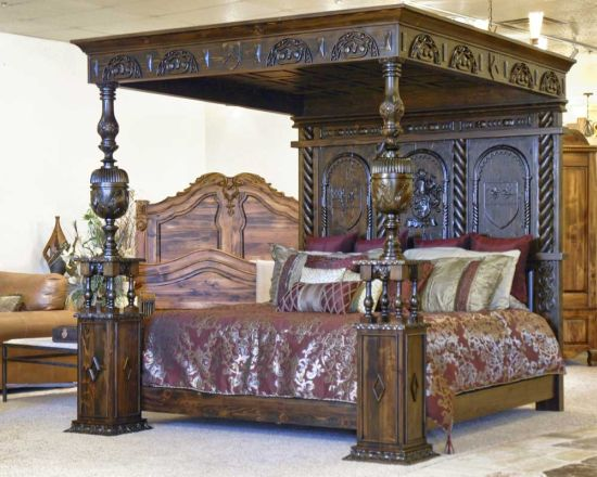 Fancy Gorgeous Medieval Canopy Bed With Beautiful Carvings