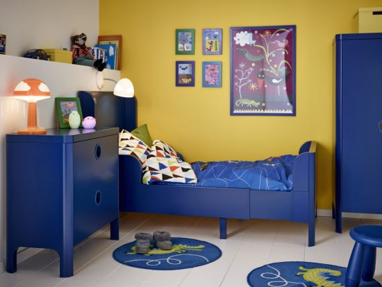 Simple Wall Design For Kids Room With Yellow Wall Paint And Blue Photo  Frames Part 54