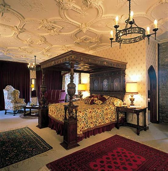 Elegant This Medieval Bedroom Has Been Decorated With A Canopy Bed And Gorgeous Sofa